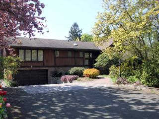 Lovely House with Deck and Internet Access - North Saanich vacation rentals