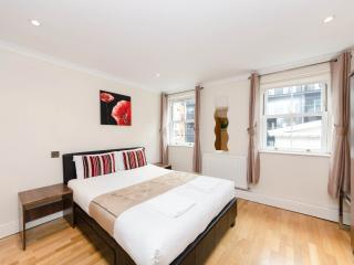 *XMAS & NEW YEAR SALE Stylish Aprt Near London Eye - London vacation rentals