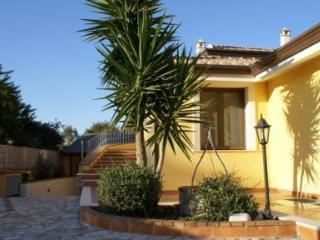 Villa bifamilare a 200 mt dalla spiaggia di sabbia - Arbatax vacation rentals