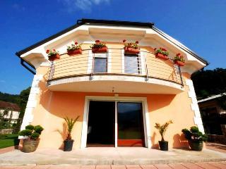 Villa Franca, Planina Postojna - Rakek vacation rentals