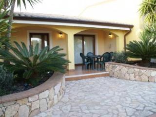 Elegante appartamento in villa al mare - Arbatax vacation rentals