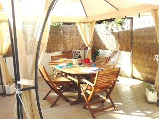 Near beach, private parking, garden, bikes - Tonfano vacation rentals