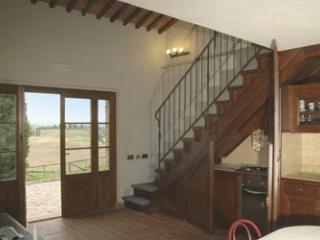 Le Crete Vacanze Appartamento Giglio - Asciano vacation rentals