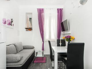 "Apartment ""Jakov"" - near Bacvice beach - Split vacation rentals"
