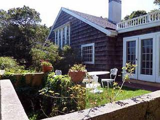 LOVELY HOME CENTRALLY LOCATED TO TOWN & BEACH - Monument Beach vacation rentals