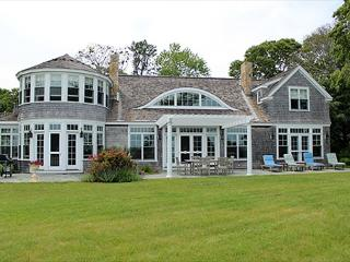Comfortable House with Deck and Internet Access - Vineyard Haven vacation rentals