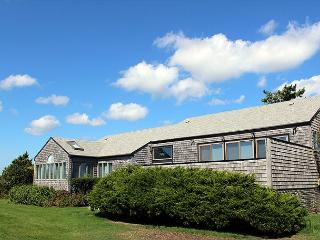 ENJOY BEAUTIFUL VIEWS OF THE ATLANTIC OCEAN FROM THIS KATAMA HOME - Edgartown vacation rentals
