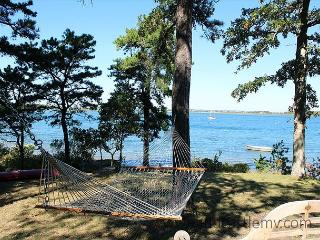 4 bedroom House with Deck in Vineyard Haven - Vineyard Haven vacation rentals