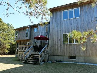 Spacious Contemporary with Air Conditioning - Edgartown vacation rentals