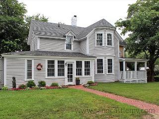 Great in-town Edgartown Home - Edgartown vacation rentals