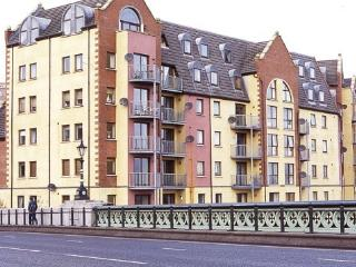 Riverside apartment with balcony - Belfast vacation rentals