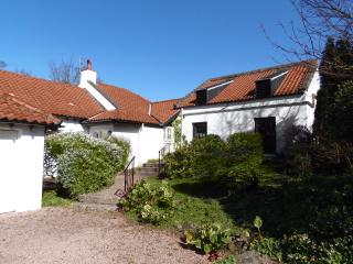 The Doocot - Cottage with Golf on the doorstep - Saint Andrews vacation rentals