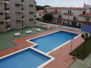 2 bedroom Condo with Internet Access in Creixell - Creixell vacation rentals