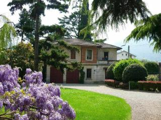 6 bedroom Villa with Internet Access in Mandello del Lario - Mandello del Lario vacation rentals