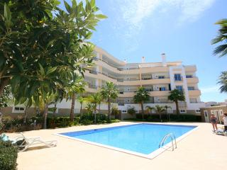Quinta da Abrotea - Modern 1 bedroom apartment - Lagos vacation rentals