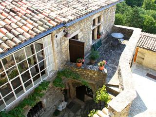 Bright 8 bedroom House in Mirmande - Mirmande vacation rentals