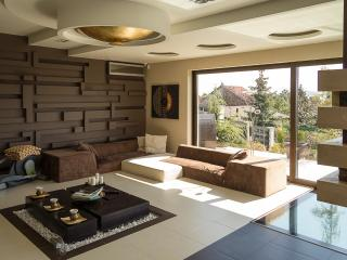 6 bedroom Villa with Internet Access in Budapest - Budapest vacation rentals