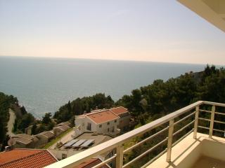 3 rooms aptmnt for rent on the beach, Ulcinj - Ulcinj vacation rentals