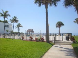 Ocean Views, Heated Pool, Private Beach - Marathon vacation rentals