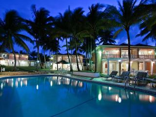 Perfect House with A/C and Shared Outdoor Pool - Tower Isle vacation rentals