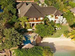 Whispering Waters, Discovery Bay 5BR - Runaway Bay vacation rentals