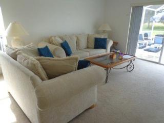 Lovely 4 Bedroom Home With Quiet Pool Area. 685EPS - Intercession City vacation rentals