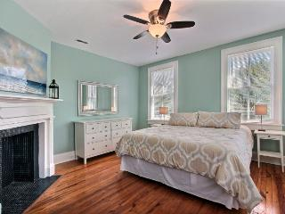 Freshly Renovated Charleston Single - Charleston vacation rentals