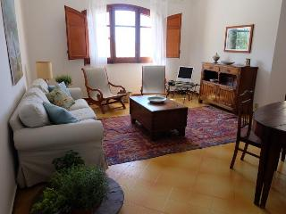 Beautiful Sicilian Villa with path to the beach - Termini Imerese vacation rentals