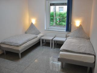2-rooms-flat in Cologne near the Messe - Cologne vacation rentals