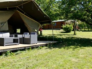 Luxurious Lodgetent with pool, near Barolo - Bonvicino vacation rentals
