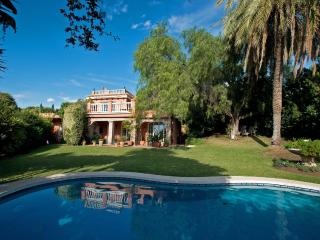 Charming luxury villa in Marbella - Puerto José Banús vacation rentals