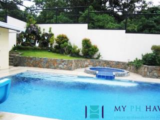 5 bedroom villa in Tali Beach, Batangas - BAT0018 - Batangas vacation rentals