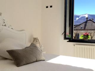 Bright Bed and Breakfast with Internet Access and Wireless Internet - San Fedele Intelvi vacation rentals