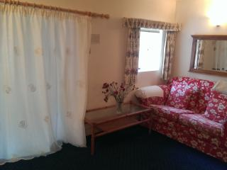 2 bedroom Cottage with Internet Access in Kinsale - Kinsale vacation rentals