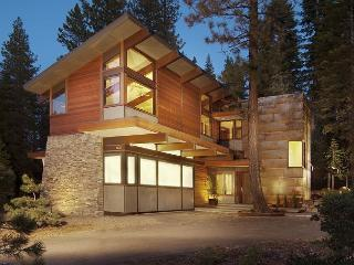 Contemporary 4 BR Home Redefines Luxury Mountain Living in Tahoe Donner - Truckee vacation rentals