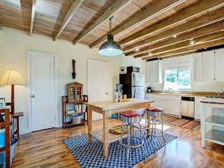 Blissful One BR Country Cottage - Petaluma vacation rentals