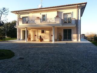 Villa unifamiliare - Monte Porzio Catone vacation rentals
