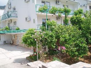 Hvar Town - Tarro Appartments Garden Apartment - Hvar vacation rentals