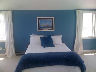 Cozy Beach house 3 back from private Minot Beach - Scituate vacation rentals