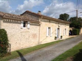 Grand Place - Country cottage nr St Emilion - Minzac vacation rentals