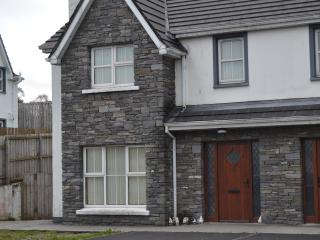 Millars Way, 6, Carndonagh - Carndonagh vacation rentals