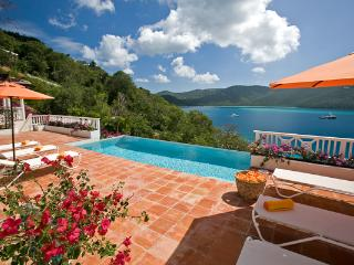 Upon arrival, the panoramic ocean view unfolds before your eyes. MA LUP - Peterborg vacation rentals