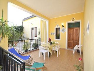 Comfortable 3 bedroom Sciacca House with Deck - Sciacca vacation rentals
