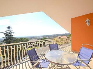 Nice 2 bedroom House in Trecastagni with Internet Access - Trecastagni vacation rentals