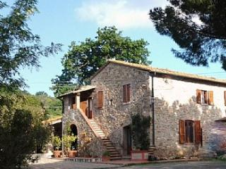 Nice 3 bedroom House in Suvereto with Deck - Suvereto vacation rentals