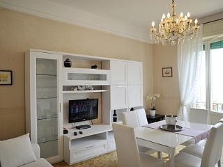 Bright 2 bedroom House in Bellagio - Bellagio vacation rentals