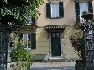 Bright House in Bellagio with A/C, sleeps 6 - Bellagio vacation rentals