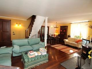 Charming House with Deck and A/C - Napoli vacation rentals