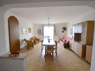 Comfortable House with Internet Access and A/C - Torre Vado vacation rentals