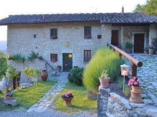 6 bedroom House with Deck in Sesto Fiorentino - Sesto Fiorentino vacation rentals
